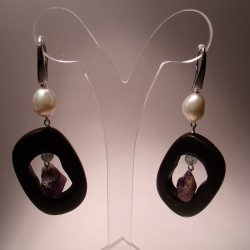 Orecchini in argento con perle, ebano, ametista e acquamarina