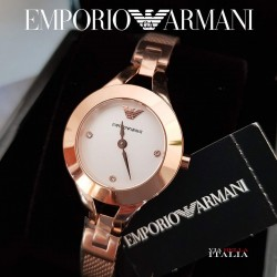 【EMPORIO ARMANII】インデックスにキラリ クリスタル 26mm