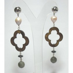 Earrings with pearls, mother of pearl, hematite and astrophyllite