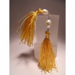 Silver earrings with tassels and pearls