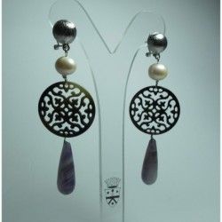 Earrings with pearls, mother of pearl and amethyst