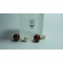 Cufflinks with red jasper and pearls