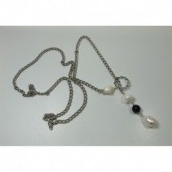 Up and down necklace with pearls and onyx
