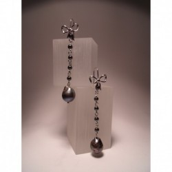 Silver earrings with pearls and hematite