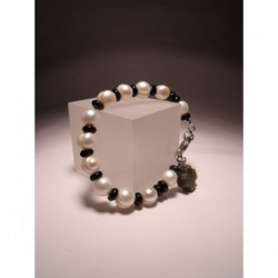 "Bracelet ""Rosary"" with freshwater pearls and onyx"