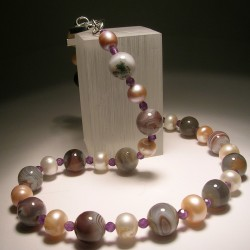 Necklace with pearls, Botswana agate and amethyst